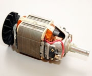 Двигатель электротриммера и электропилы